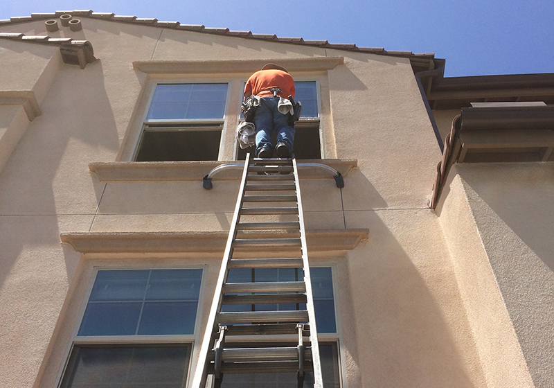 Home/Business Affordable Window Cleaning Services