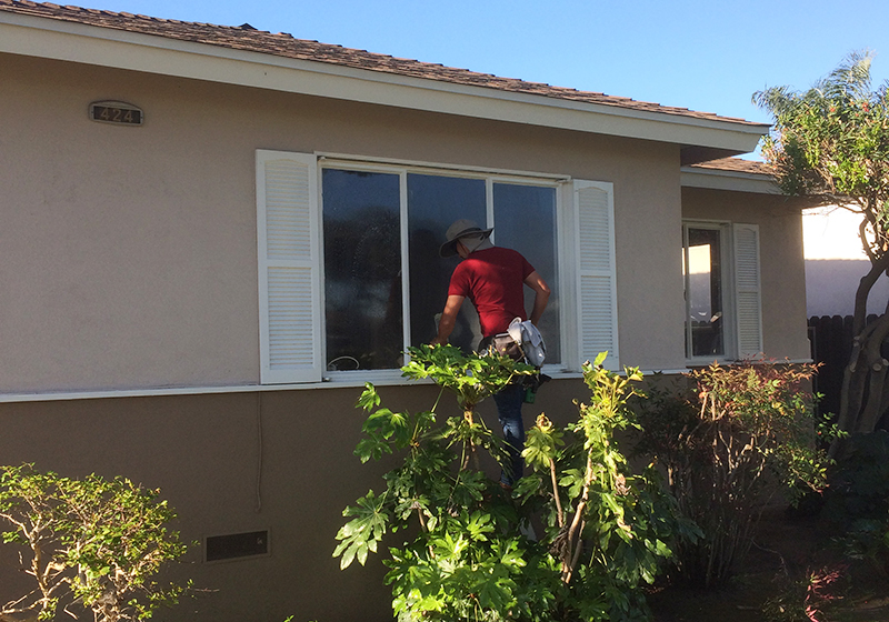 Residential window washing in Irvine, CA